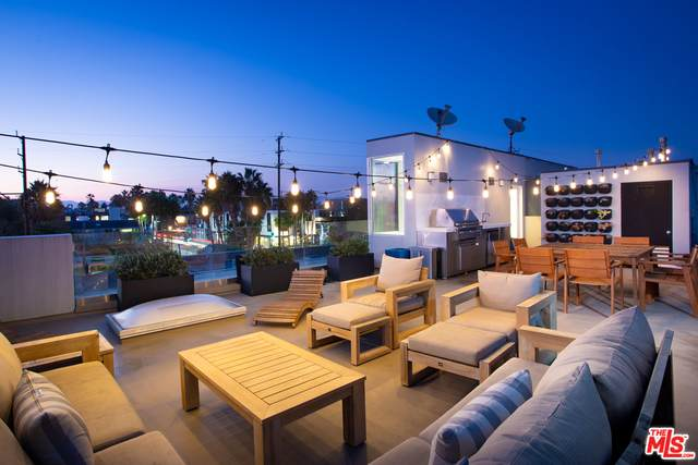 1712 Abbot Kinney Blvd 1/2, Venice, CA 90291 (#20-637468) :: HomeBased Realty