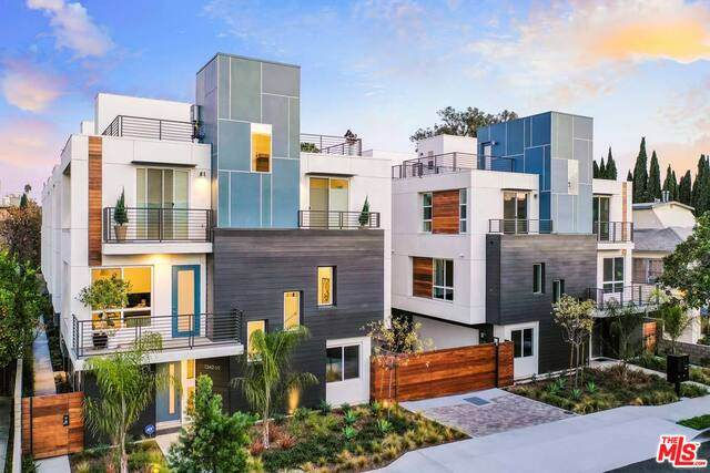 1336 N Sycamore Ave, Hollywood, CA 90028 (#20-637608) :: Arzuman Brothers