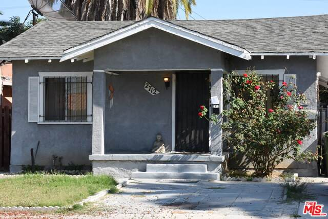 2712 S Palm Grove Ave, Los Angeles, CA 90016 (#20-637626) :: HomeBased Realty
