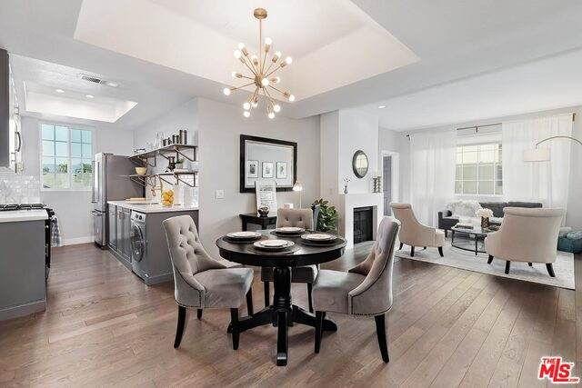 5051 Rosewood Ave #203, Los Angeles, CA 90004 (#20-637632) :: HomeBased Realty