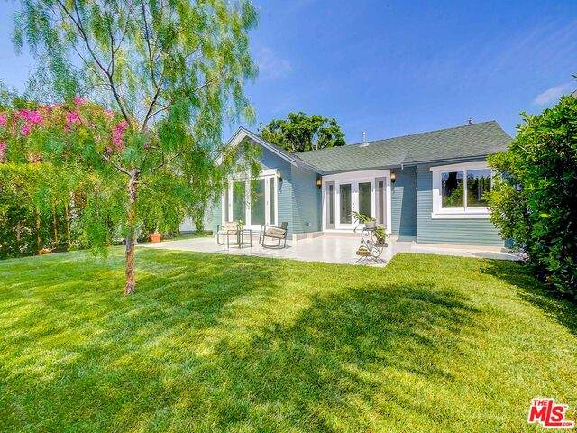 936 N Harper Ave, West Hollywood, CA 90046 (#20-638238) :: Randy Plaice and Associates