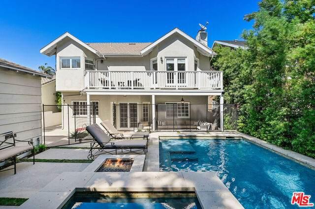 14640 Tustin St, Sherman Oaks, CA 91403 (#20-638572) :: Compass