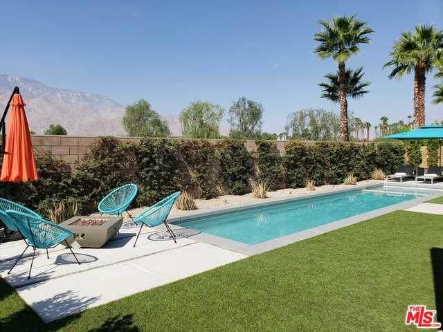 541 Skylar Ln, Palm Springs, CA 92262 (#20-638904) :: Compass