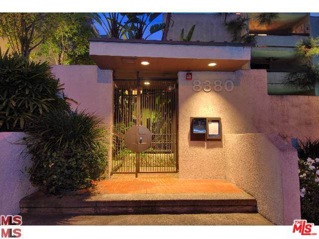 8380 Waring Ave #302, Los Angeles, CA 90069 (#20-639156) :: Compass