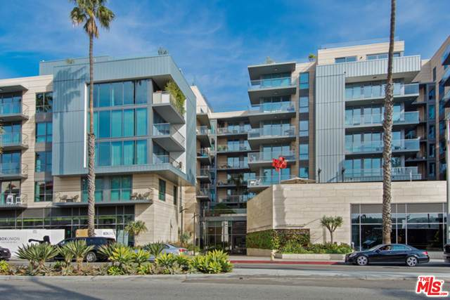 1755 Ocean #502, Santa Monica, CA 90401 (#20-640438) :: Compass