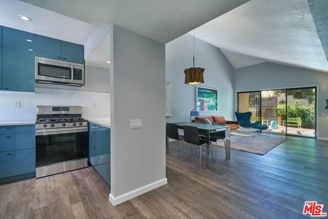 2345 S Cherokee Way #91, Palm Springs, CA 92264 (#20-640590) :: Berkshire Hathaway HomeServices California Properties