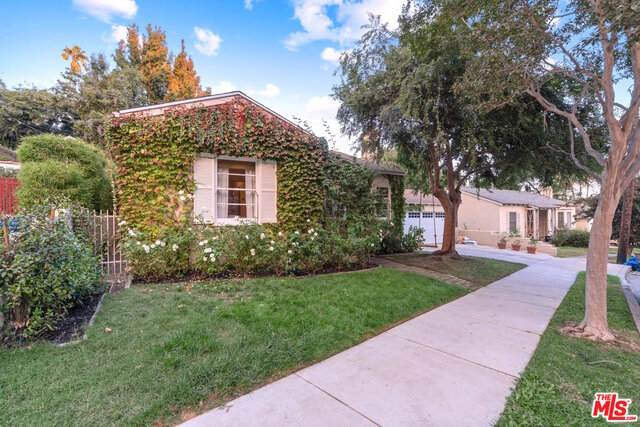 834 N Avenue 63, Los Angeles, CA 90042 (#20-641408) :: The Parsons Team