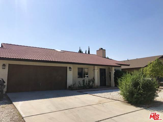 16161 Wimbleton Dr, Victorville, CA 92395 (#20-641410) :: TruLine Realty