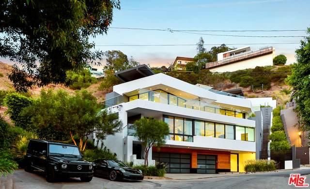 8661 Hillside Ave - Photo 1