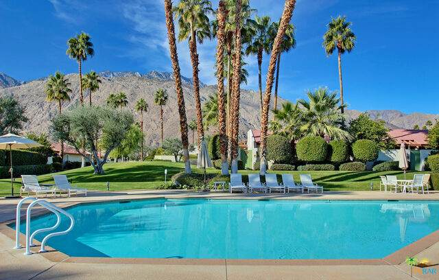 1329 E Amado Rd, Palm Springs, CA 92262 (#20-641670) :: The Pratt Group