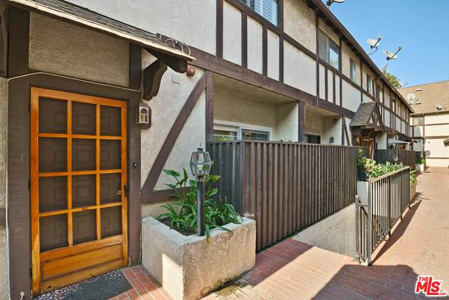 822 Victor Ave #16, Inglewood, CA 90302 (#20-642822) :: Arzuman Brothers