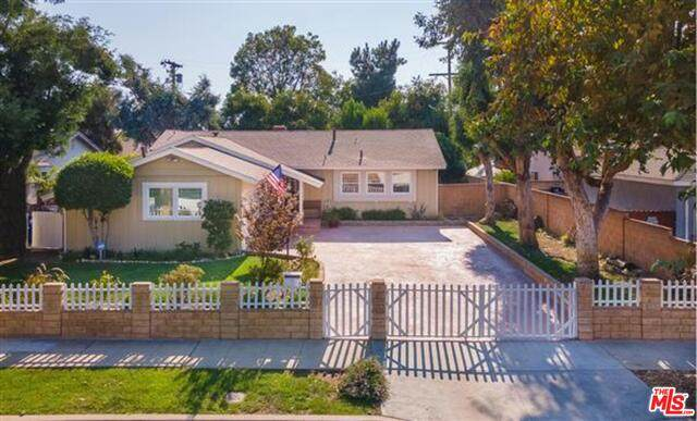 8511 Canterbury Ave, Sun Valley, CA 91352 (#20-642892) :: Arzuman Brothers