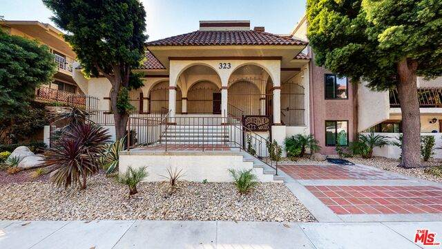323 N Jackson St #202, Glendale, CA 91206 (#20-643226) :: The Parsons Team