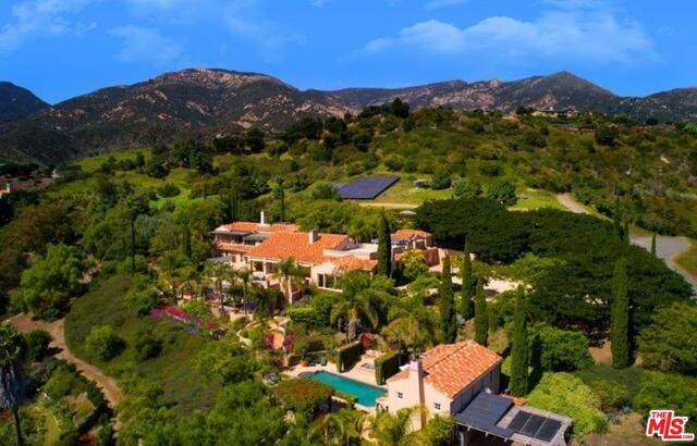 3756 Foothill Rd, Santa Barbara, CA 93105 (#20-644326) :: Lydia Gable Realty Group