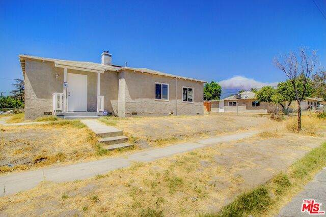 158 S I St, San Bernardino, CA 92410 (#20-644486) :: The Parsons Team
