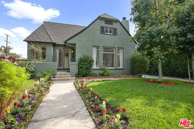4644 Denny Ave, North Hollywood, CA 91602 (#20-645588) :: Arzuman Brothers