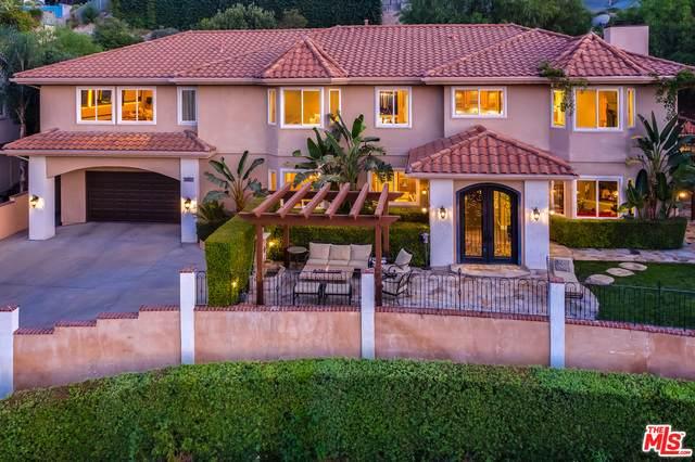 24871 Bella Vista Dr, Santa Clarita, CA 91321 (#20-646122) :: Harcourts Bella Vista Realty