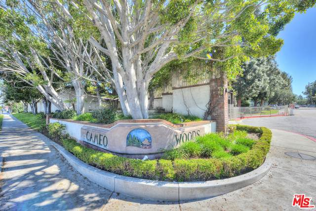 5818 Bowcroft St #2, Los Angeles, CA 90016 (#20-646362) :: Lydia Gable Realty Group