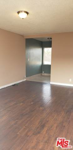 10920 S Osage Ave, Inglewood, CA 90304 (#20-646842) :: Arzuman Brothers