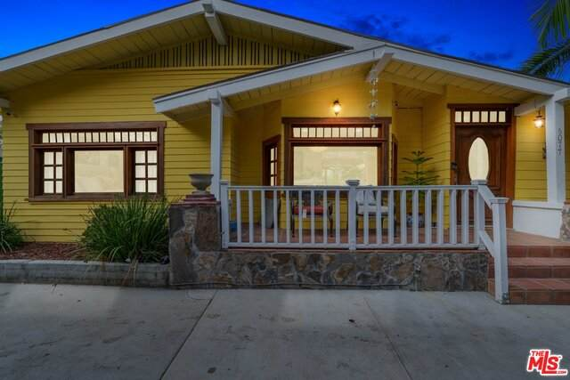 6077 Selma Ave, Hollywood, CA 90028 (#20-647118) :: Arzuman Brothers