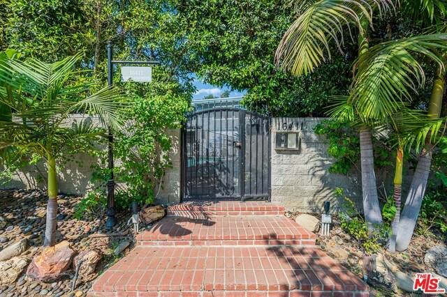 16411 W Sunset Blvd, Pacific Palisades, CA 90272 (#20-647582) :: Arzuman Brothers