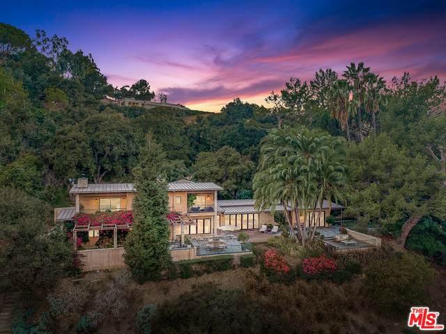 3585 Beverly Glen Ter, Sherman Oaks, CA 91423 (#20-647612) :: The Parsons Team
