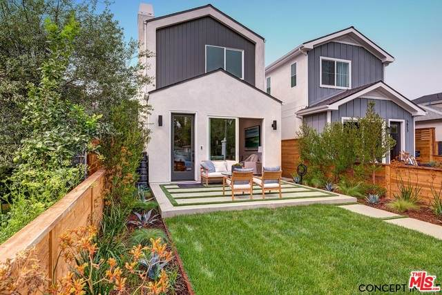 11755 Tennessee Ave, Los Angeles, CA 90064 (#20-647678) :: The Pratt Group