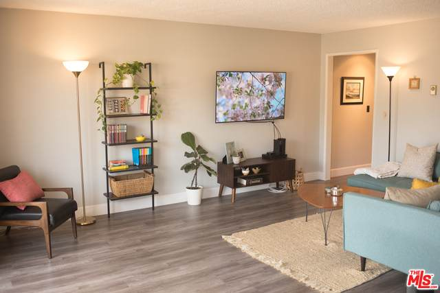 3734 S Canfield Ave #222, Los Angeles, CA 90034 (#20-648692) :: The Parsons Team