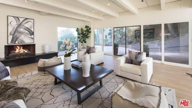 9305 Beverly Crest Dr, Beverly Hills, CA 90210 (#20-648856) :: Randy Plaice and Associates