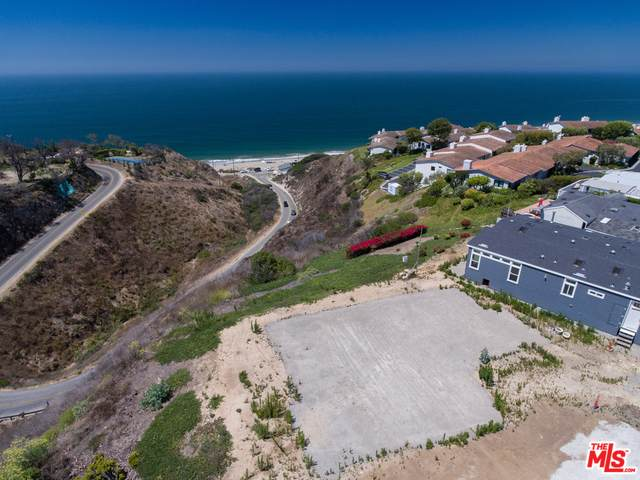 29500 Heathercliff Rd #120, Malibu, CA 90265 (#20-649160) :: The Suarez Team