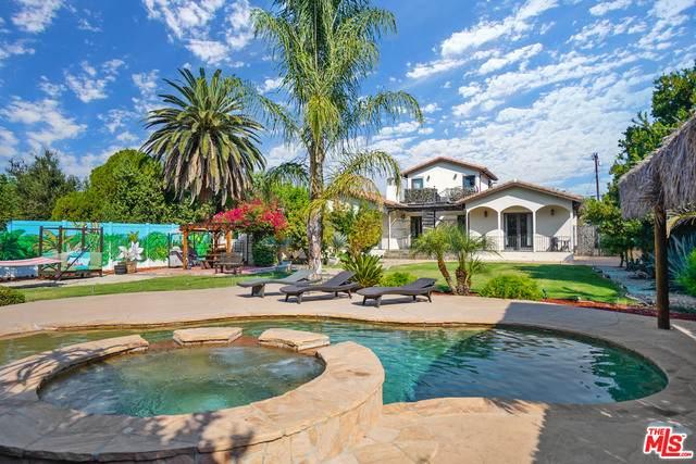 5663 Jumilla Ave, Woodland Hills, CA 91367 (#20-649284) :: Randy Plaice and Associates