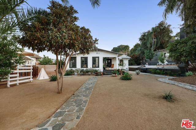 2287 Cazador Dr, Los Angeles, CA 90065 (#20-649434) :: Arzuman Brothers