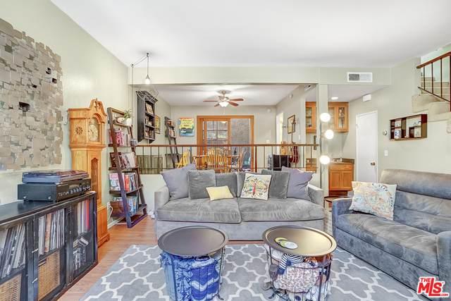 11738 Moorpark St D, Studio City, CA 91604 (#20-649510) :: Berkshire Hathaway HomeServices California Properties
