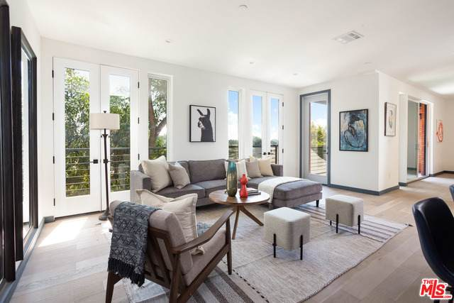 2267 Duane #2, Los Angeles, CA 90039 (#20-649694) :: The Parsons Team