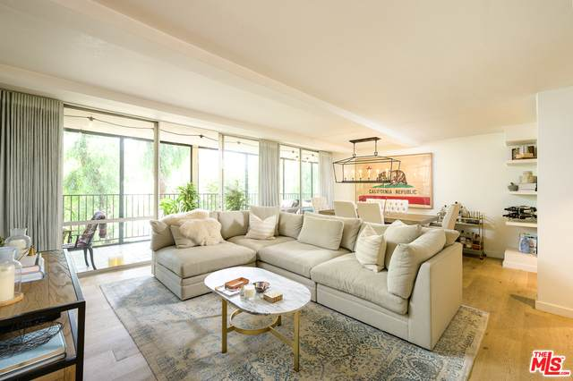 850 N Kings Rd #208, West Hollywood, CA 90069 (#20-649720) :: TruLine Realty