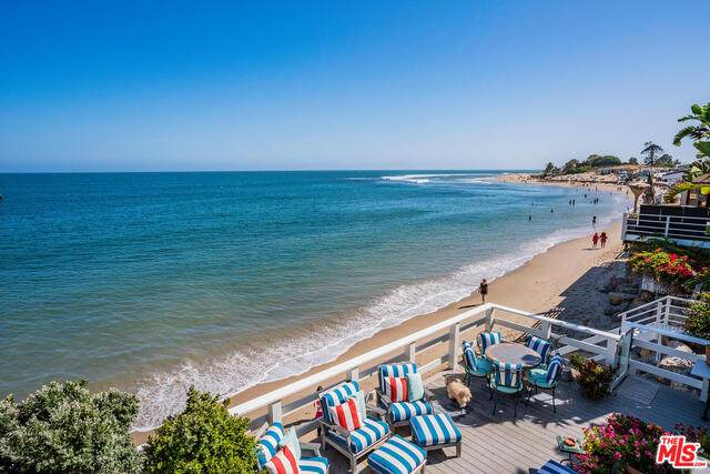 23006 Pacific Coast Hwy, Malibu, CA 90265 (#20-649774) :: Compass