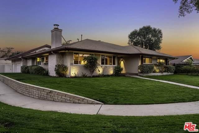 15834 Gresham St, North Hills, CA 91343 (#20-649858) :: Randy Plaice and Associates