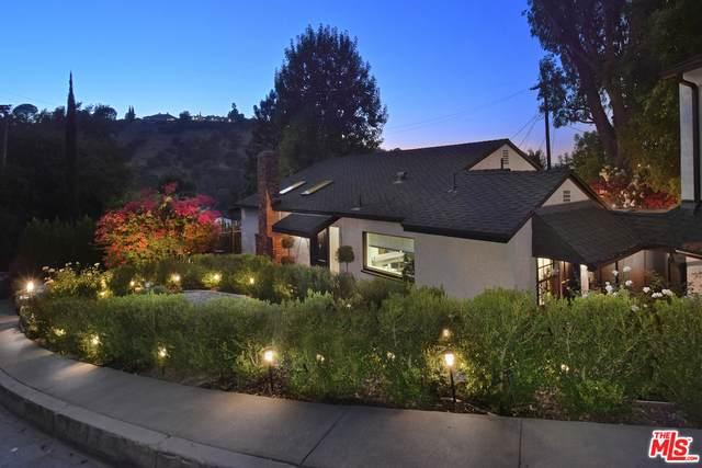 15265 Rayneta Dr, Sherman Oaks, CA 91403 (#20-650404) :: The Grillo Group