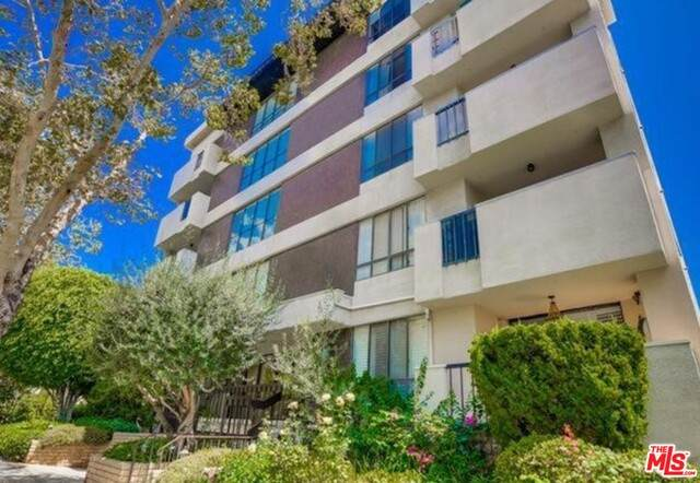150 N Almont Dr #203, Beverly Hills, CA 90211 (#20-650644) :: Randy Plaice and Associates