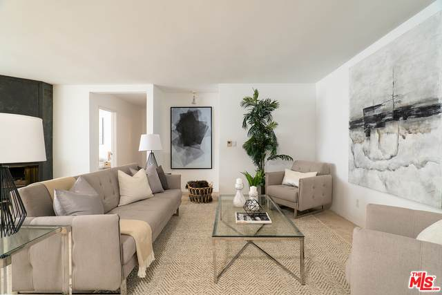 930 3rd St #206, Santa Monica, CA 90403 (#20-650734) :: Lydia Gable Realty Group
