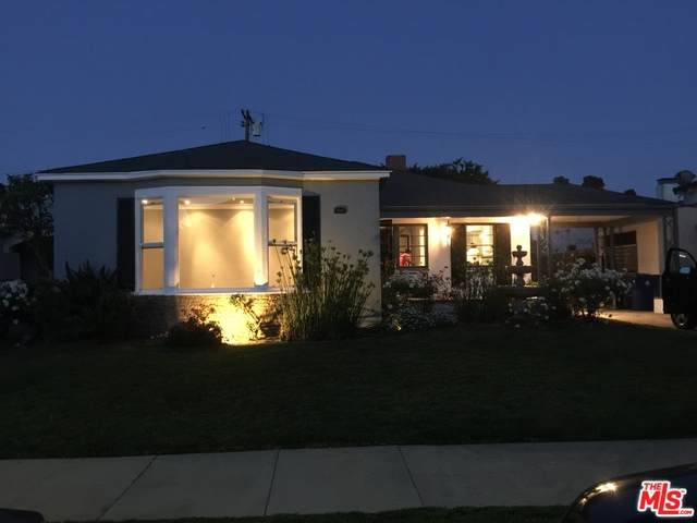 4122 S Bronson Ave, Los Angeles, CA 90008 (#20-651262) :: Lydia Gable Realty Group