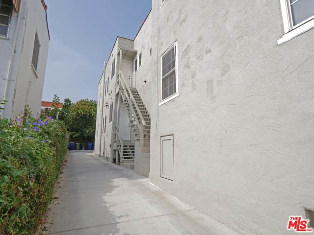 1325 Masselin Ave #1, Los Angeles, CA 90019 (#20-651310) :: The Parsons Team
