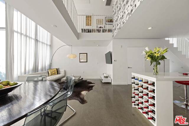 7917 Willoughby Ave #1, West Hollywood, CA 90046 (#20-651800) :: The Parsons Team