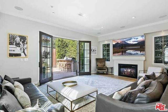 773 Swarthmore Ave, Pacific Palisades, CA 90272 (#20-651914) :: TruLine Realty