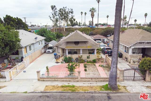 1914 W 20Th St, Los Angeles, CA 90018 (#20-652166) :: Arzuman Brothers