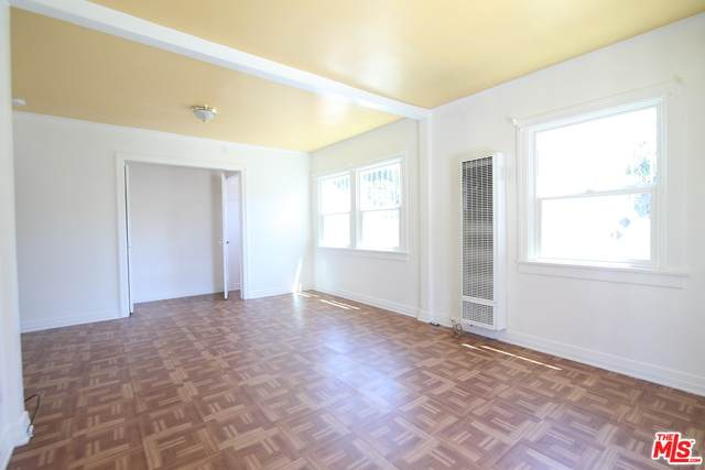 4625 Kingswell Ave - Photo 1