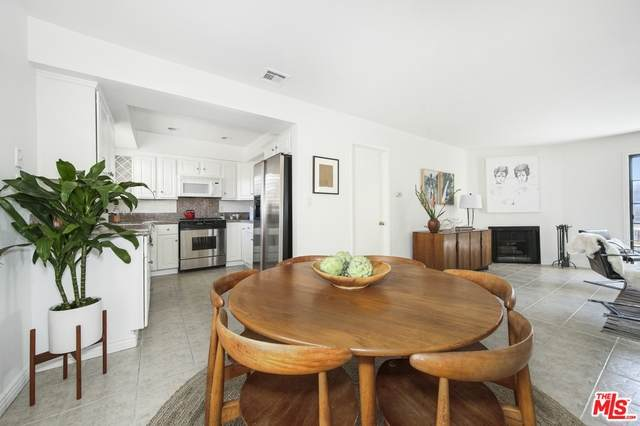 1020 Ocean Park Blvd #3, Santa Monica, CA 90405 (#20-652546) :: The Grillo Group