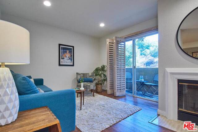 6140 Monterey Rd #229, Los Angeles, CA 90042 (#20-652884) :: Compass