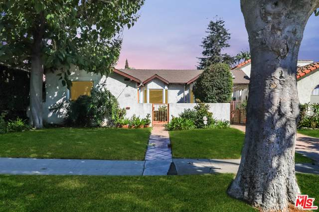 2206 Greenfield Ave, Los Angeles, CA 90064 (#20-653254) :: The Suarez Team