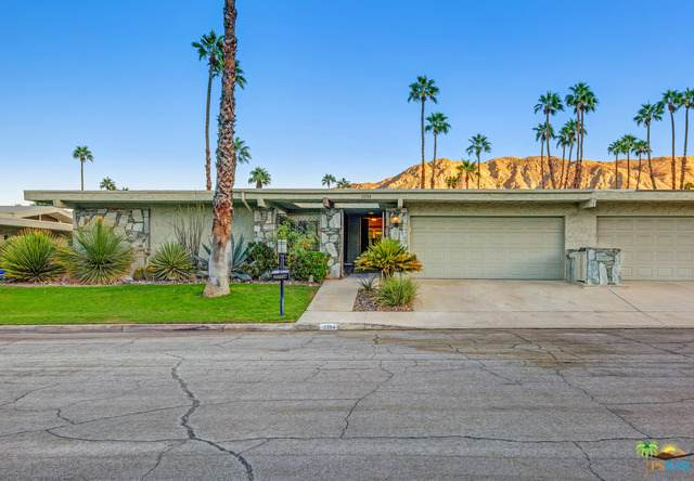 2204 S La Paz Way, Palm Springs, CA 92264 (#20-653550) :: The Pratt Group